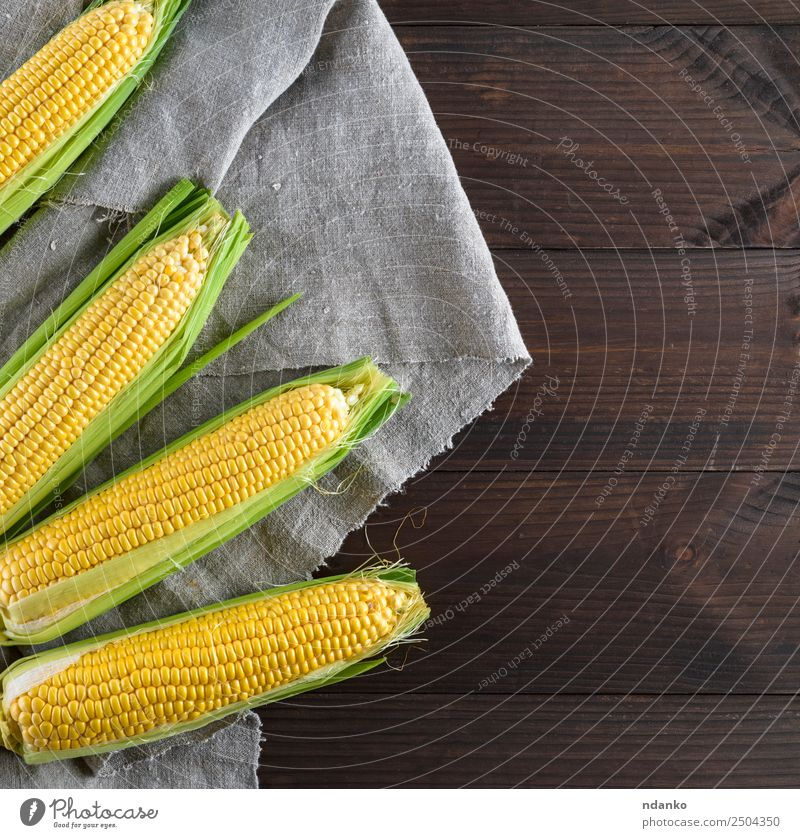 fresh ripe corn cobs Food Vegetable Nutrition Vegetarian diet Table Nature Plant Leaf Wood Eating Fresh Natural Above Brown Yellow Gold Gray agriculture