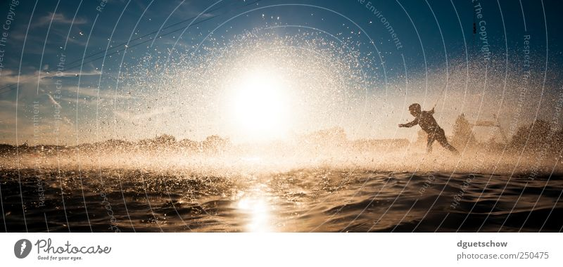 into the sun Joy Leisure and hobbies wakeboarding Summer Sun Sports Aquatics Sportsperson Water ski water ski facility Human being Masculine Drops of water