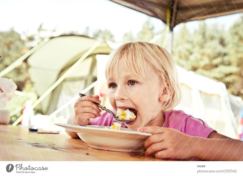Human being Child Vacation & Travel Girl Joy Nutrition Food Infancy Blonde Leisure and hobbies Dish Mouth Table Toddler Appetite Camping