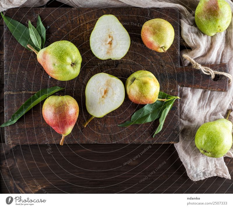 ripe green pears Nature Old Green Leaf Eating Yellow Natural Wood Fruit Nutrition Fresh Table Harvest Mature Diet Vegetarian diet