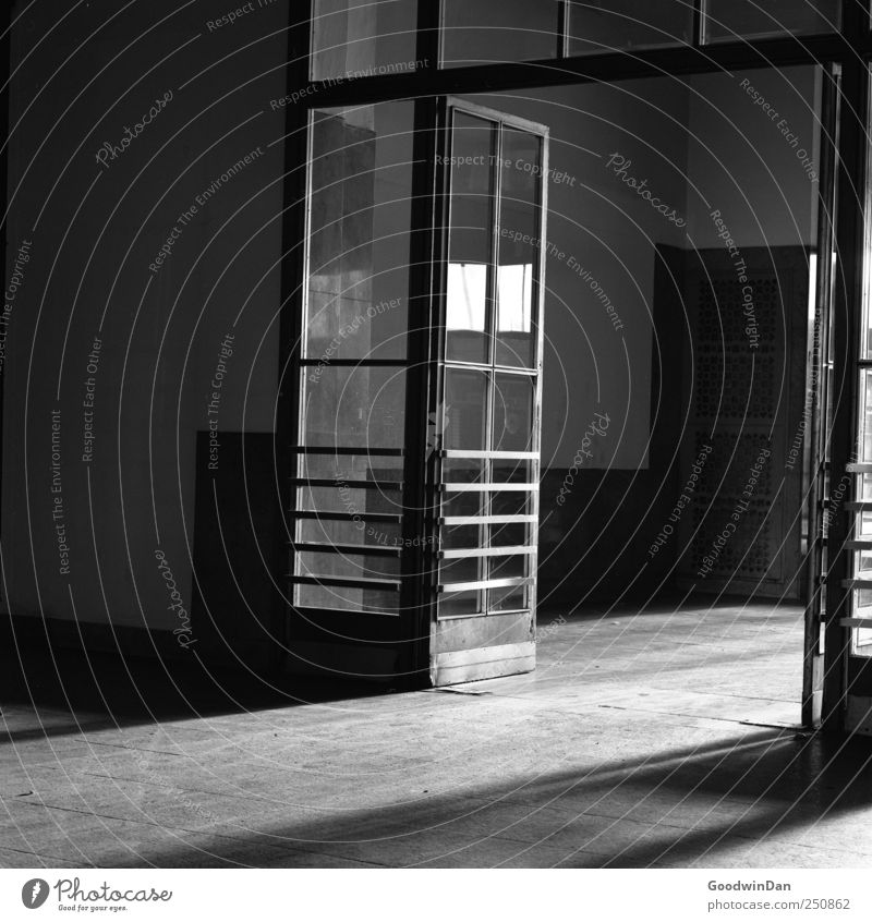 House (Residential Structure) Dark Cold Architecture Building Metal Moody Door Glass Dirty Threat Train station Hall Sharp-edged Industrial plant