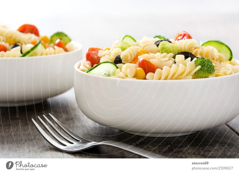 Pasta salad Summer Green Red Healthy Food Nutrition Fresh Vegetable Good Bowl Baked goods Vegetarian diet Wooden table Lunch Lettuce Tomato