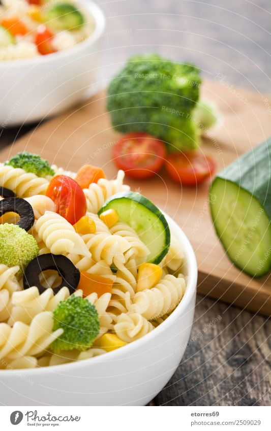 Pasta salad Summer Green Red Healthy Food Nutrition Fresh Vegetable Good Organic produce Bowl Baked goods Diet Vegetarian diet Wooden table Tomato