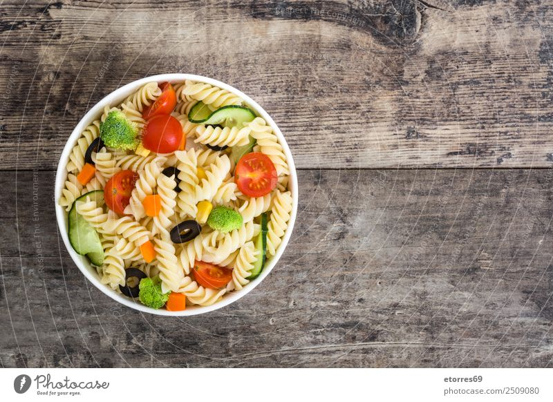 Pasta salad Summer Green Red Healthy Food Copy Space Nutrition Fresh Delicious Vegetable Good Organic produce Bowl Baked goods Diet Vegetarian diet