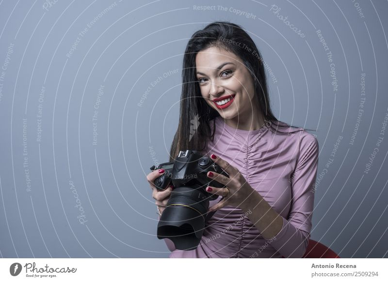 She photographer Camera Human being Feminine Woman Adults 1 18 - 30 years Youth (Young adults) Brunette Joy reflex Review Photographer attractive young