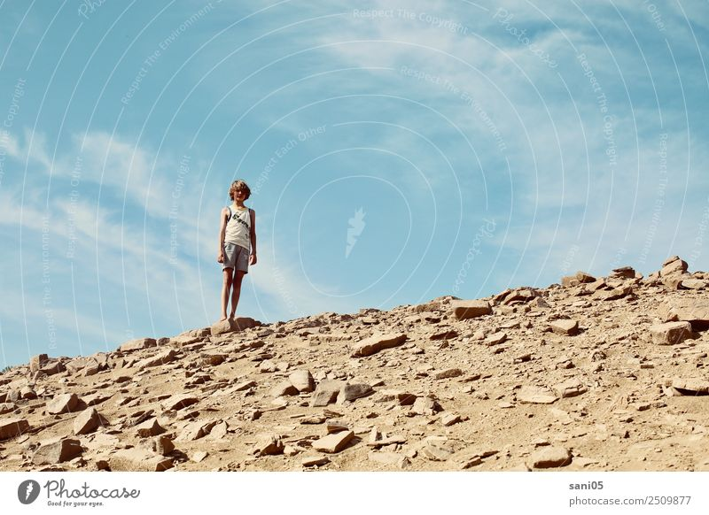 Child Human being Sky Nature Vacation & Travel Youth (Young adults) Summer Sun Landscape Warmth Life Boy (child) Think Masculine Body Earth