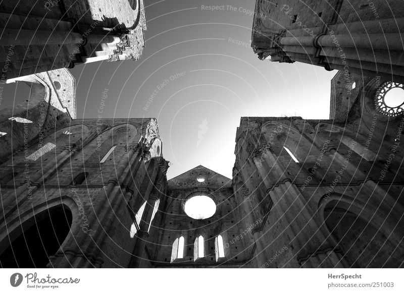 San Galgano Sky Cloudless sky Church Ruin Building Wall (barrier) Wall (building) Tourist Attraction Dark Historic Beautiful Esthetic Monastery chruch Sublime