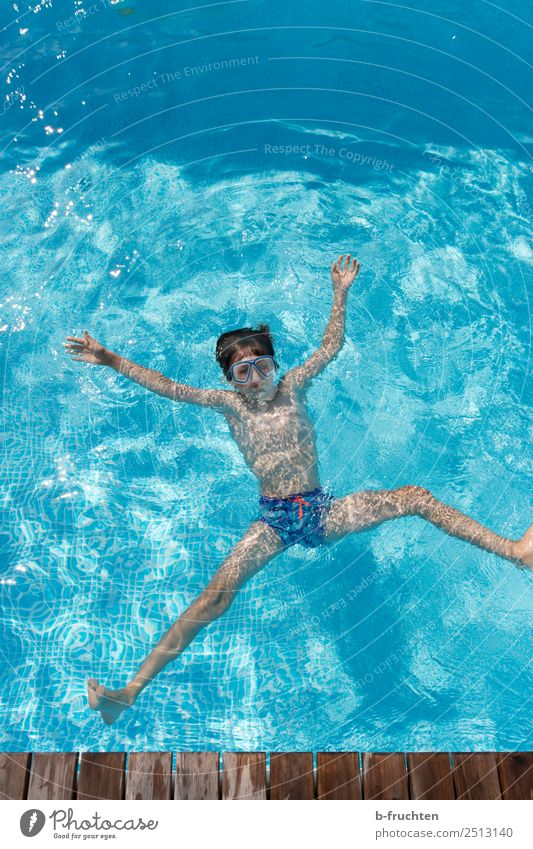 Jump into the water Life Swimming pool Vacation & Travel Tourism Summer vacation Child Infancy Body 1 Human being 8 - 13 years Swimming & Bathing Relaxation