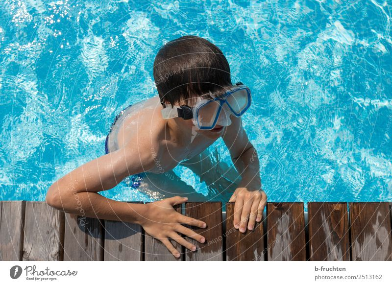 Fun in the water Life Swimming pool Swimming & Bathing Vacation & Travel Summer vacation Child Face Arm Hand Swimming trunks Eyeglasses Dive Cool (slang) Fresh