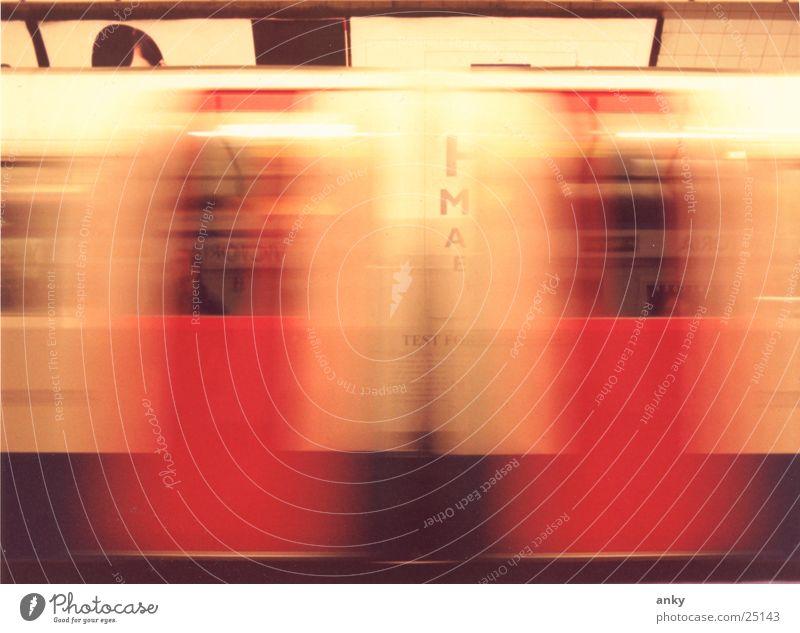 Vacation & Travel Movement Transport Speed Underground London Underground