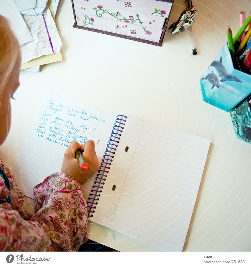 Human being Child Hand Girl Head School Infancy Blonde Leisure and hobbies Beginning Study Characters Authentic Childhood memory Letters (alphabet) Education