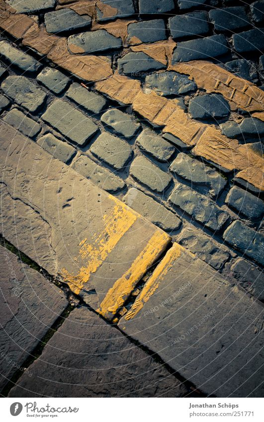 street pattern Blue Brown Yellow Street Pavement Road traffic Stone Paving stone Sidewalk Crazy Line Geometry Direct Structures and shapes Simple Hard