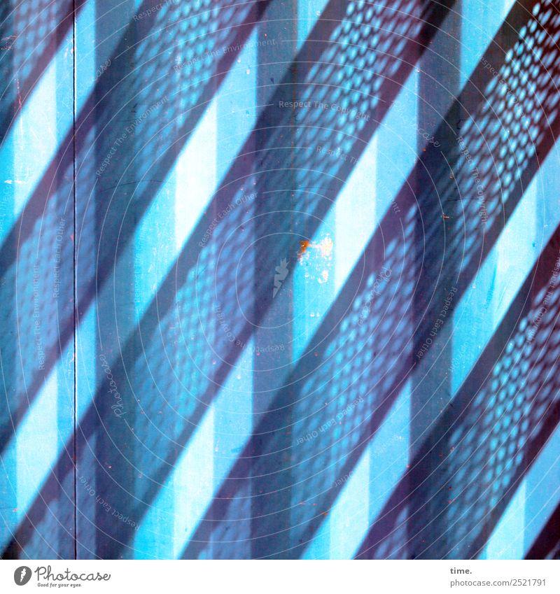 Metal Lightgames Work of art Architecture Container Line Stripe Blue Disciplined Orderliness Curiosity Surprise Esthetic Design Discover Mysterious Idea