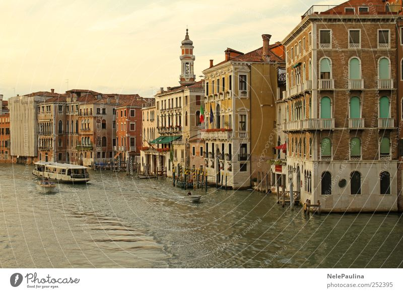 Canal Grande, Venice Water Old City House (Residential Structure) Yellow Wall (building) Window Architecture Wall (barrier) Building Brown Door Facade Esthetic
