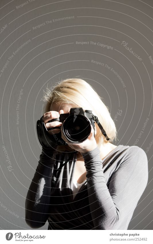 Human being Youth (Young adults) Adults Leisure and hobbies Blonde Photography Technology Camera Media 18 - 30 years Photographer Young woman Take a photo Utilize Focus on