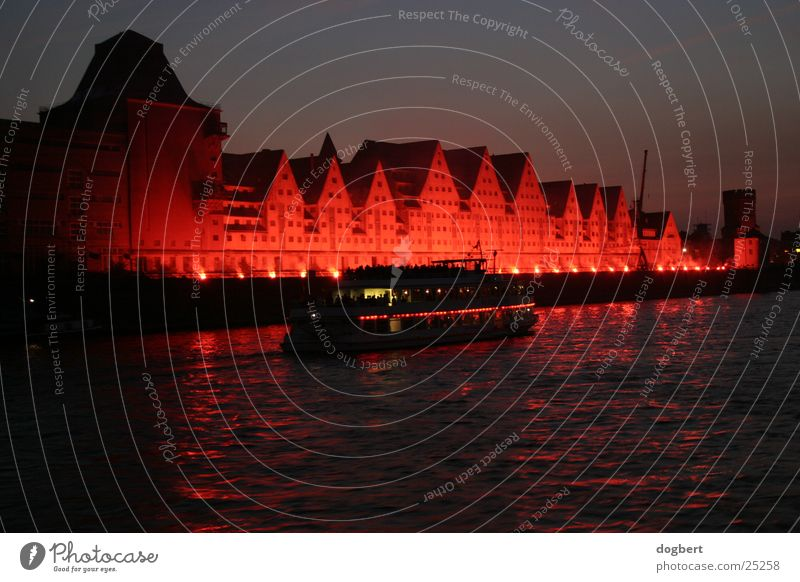 Cologne Lights 2003/Rheinauhafen Long exposure Night Red Architecture Harbour Blaze