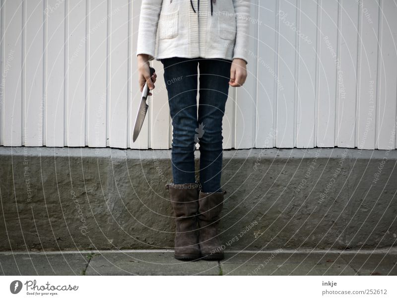 headless youth II Girl Infancy Youth (Young adults) Life 1 Human being 8 - 13 years Child Wall (barrier) Wall (building) Fence Knives Concrete Wood Stripe Stand