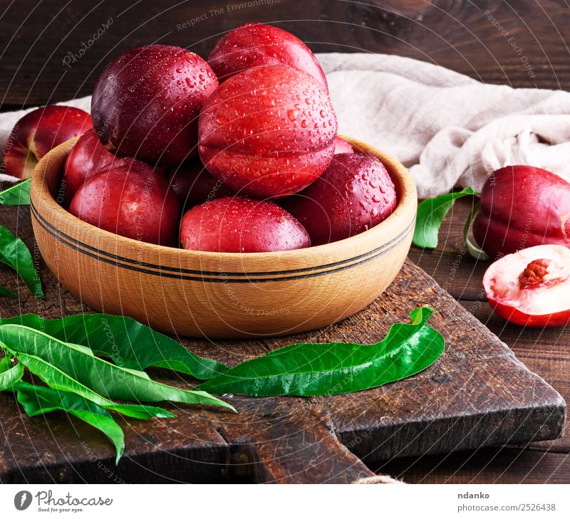 ripe peaches nectarine Red Leaf Eating Wood Group Copy Space Brown Fruit Nutrition Fresh Table Dessert Bowl Mature Accumulation Juicy