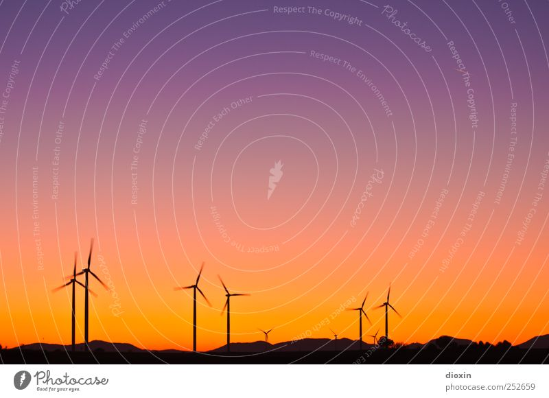 Sky Colour Environment Landscape Wind Tall Energy Large Energy industry Climate Technology Hill Wind energy plant Rotate Beautiful weather Pinwheel