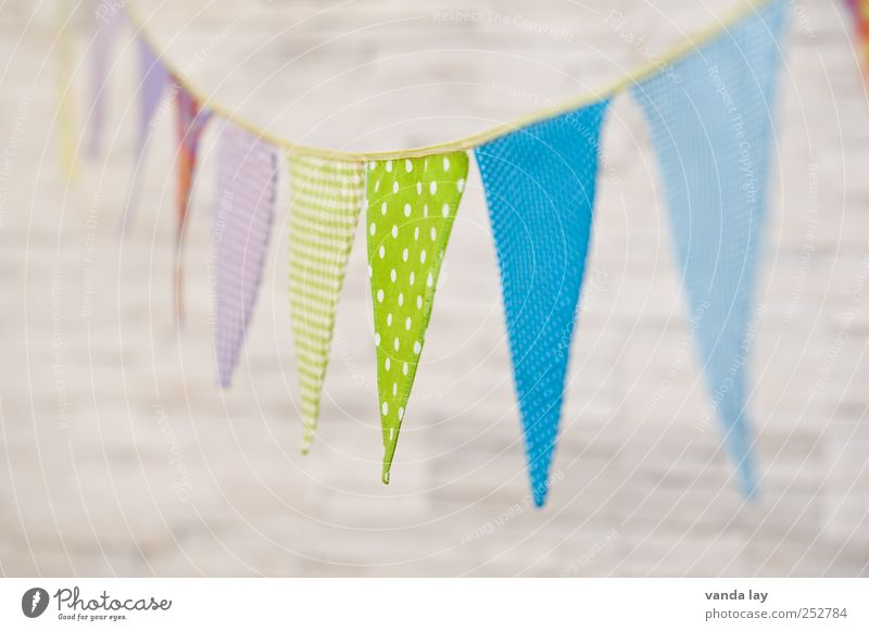 Happy Birthday Leisure and hobbies Playing Living or residing Flat (apartment) Room Children's room Feasts & Celebrations Baptism Colour pennant chain Flag