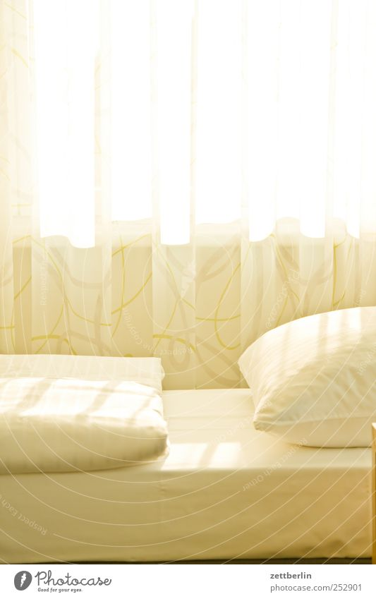 Sun Vacation & Travel Summer Window Bright Flat (apartment) Interior design Beginning Sleep Lifestyle Living or residing Bed Dresden Furniture Blanket Curtain