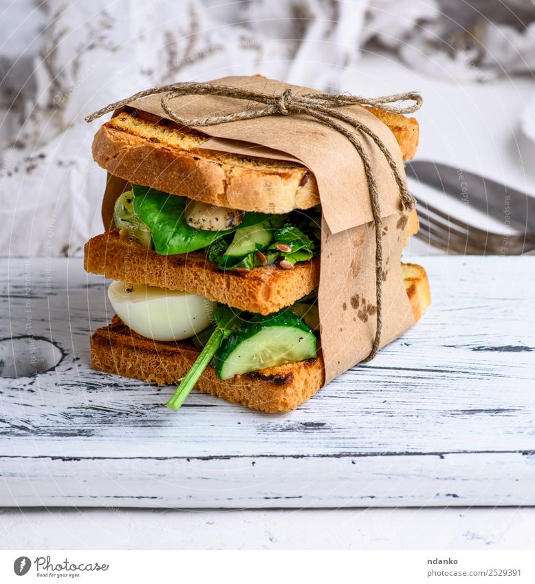 sandwich of French toast Green White Brown Fresh Table Cooking Delicious Vegetable Breakfast Bread Dinner Meat Vegetarian diet Meal Slice