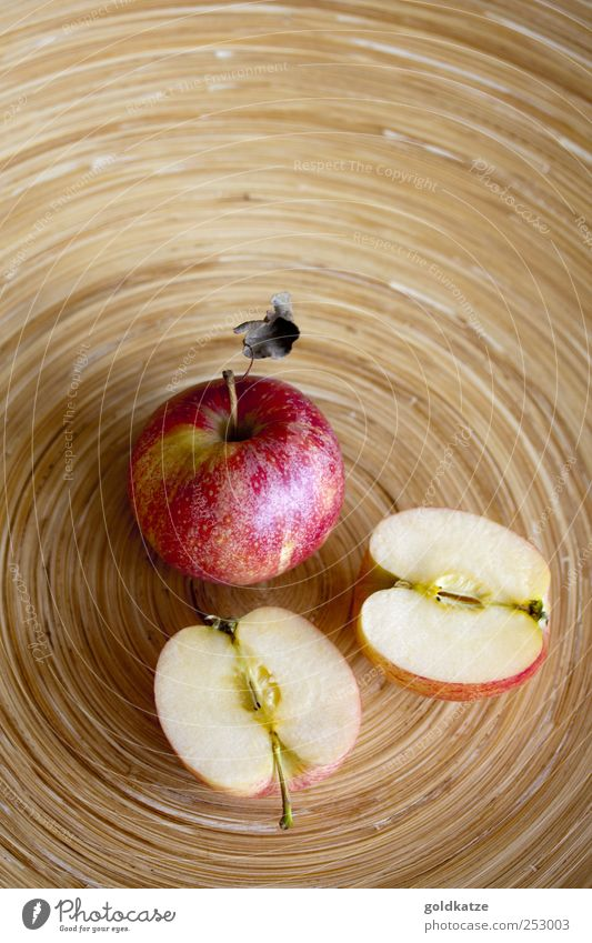 apple plate Food Fruit Apple Nutrition Organic produce Vegetarian diet Bowl Healthy Autumn Fragrance Delicious Round Sweet Brown Red Appetite Half Wood Part