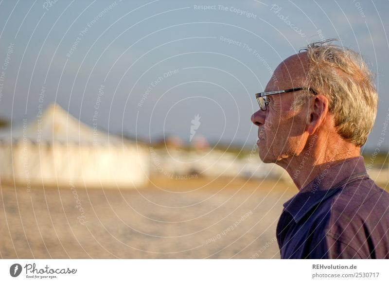 Old man on the beach Lifestyle Leisure and hobbies Vacation & Travel Tourism Summer Summer vacation Beach Human being Masculine Man Adults Male senior