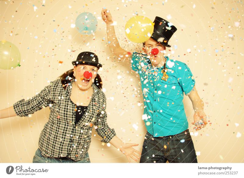 Human being Youth (Young adults) Joy Adults Party Friendship Feasts & Celebrations Birthday Happiness Balloon Carnival 18 - 30 years Scream Brash Young woman Clown
