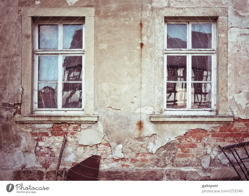 Old Red House (Residential Structure) Window Wall (building) Architecture Gray Lanes & trails Wall (barrier) Stone Building Sadness Dream Time Facade