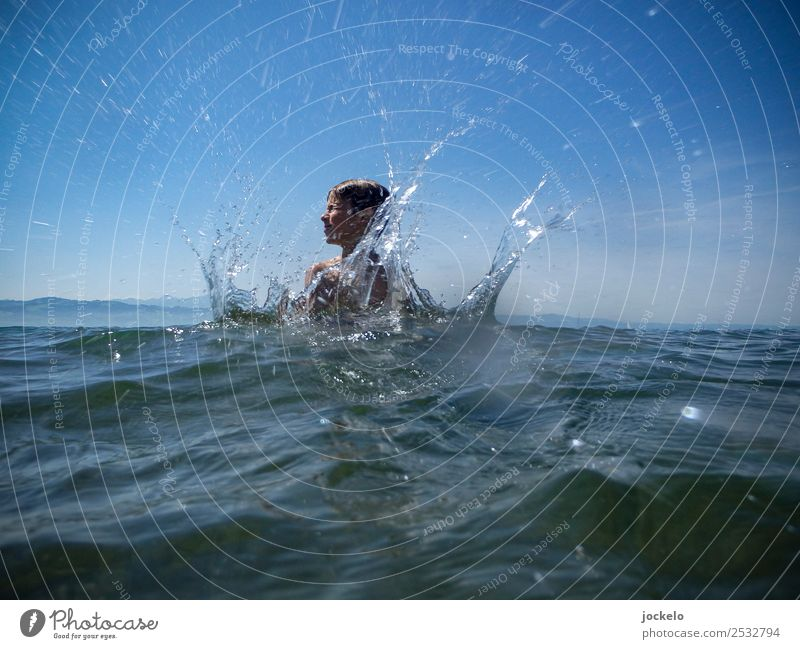 splash Leisure and hobbies Playing Summer Summer vacation Sun Beach Ocean Swimming & Bathing Swimming pool Nature Water Catch Scream Fluid Hot natural Curiosity