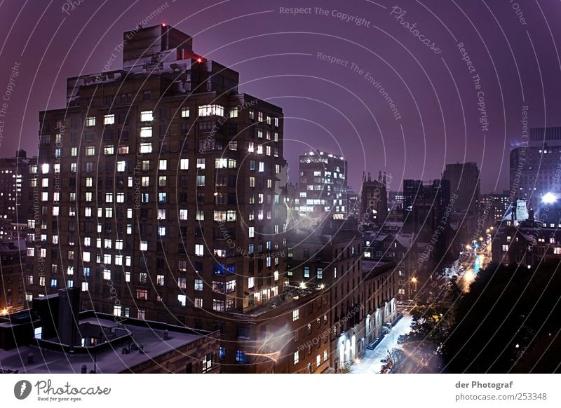 City House (Residential Structure) Street Architecture Building Adventure High-rise Transport Roof Manmade structures Downtown Capital city Night life Populated