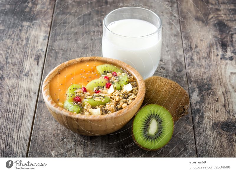 Healthy smoothie with fruit and cereals Healthy Eating Green White Food photograph Fruit Nutrition Fresh Sweet Good Dessert Candy Breakfast Organic produce Bowl