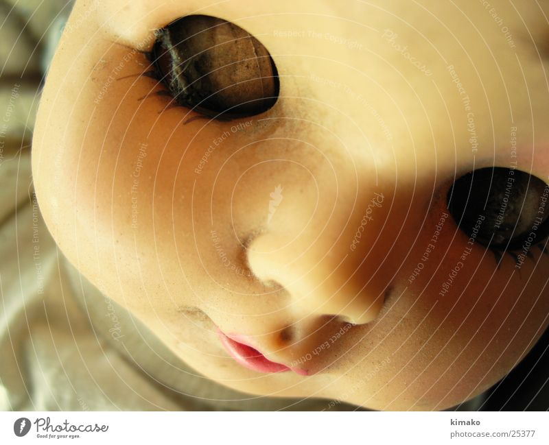 beau Obscure Doll expansiveness Eyes Pain