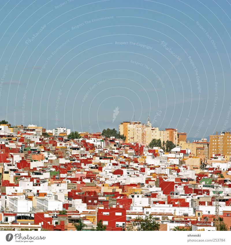 neighborhood Sky Cloudless sky Beautiful weather Spain Town Populated House (Residential Structure) Detached house High-rise Red Claustrophobia