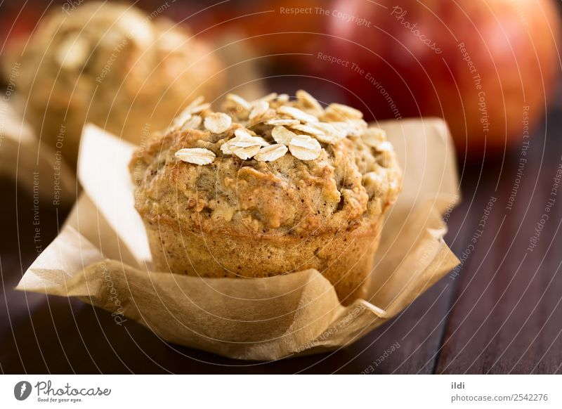 Apple and Oatmeal Muffin Bread Dessert Breakfast Fresh food Baking oatmeal grain Cereal Home-made Baked goods cake sweet Snack healthy seasonal fall American
