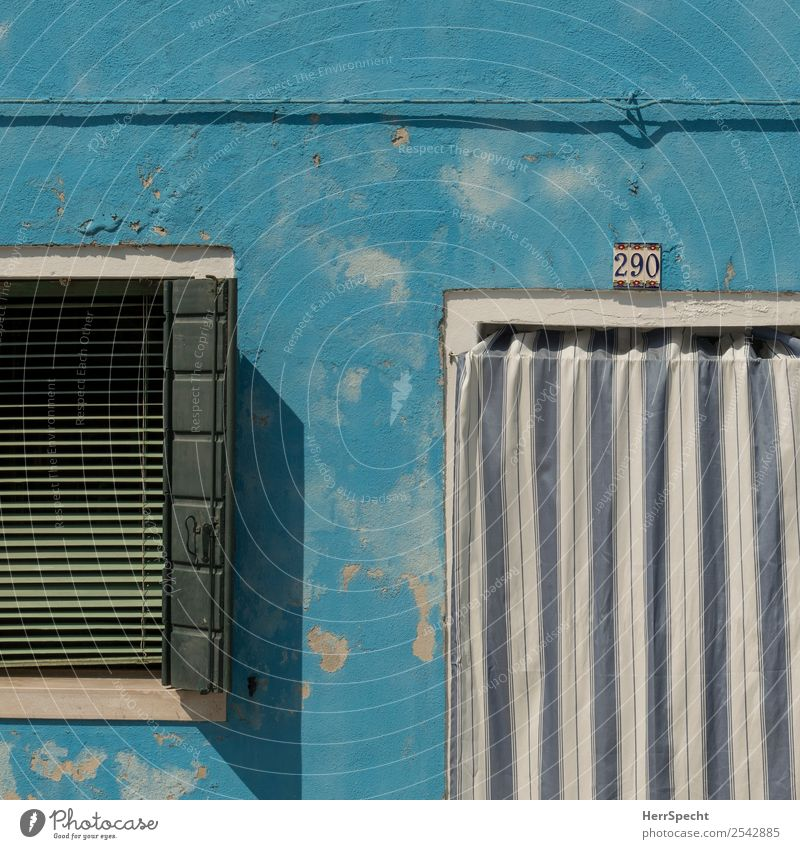 Vacation & Travel Old Blue Beautiful House (Residential Structure) Window Architecture Wall (building) Building Tourism Wall (barrier) Facade Trip Retro Door