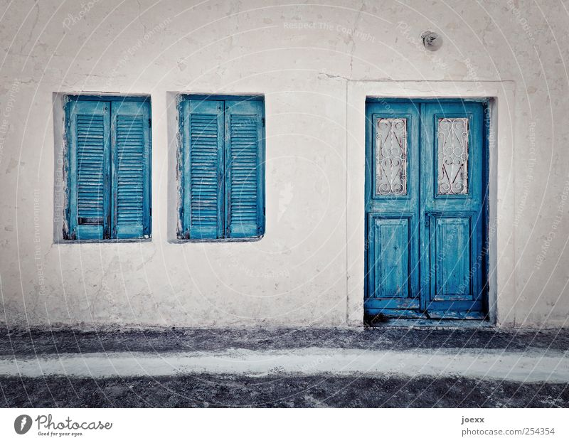 Old Blue White House (Residential Structure) Street Window Wall (building) Gray Wall (barrier) Door Idyll Sharp-edged Old town Light blue Santorini
