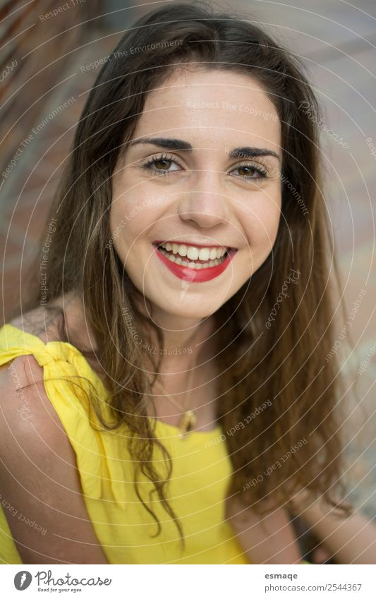 portrait of young and smiling woman Lifestyle Healthy Health care Wellness Young woman Youth (Young adults) 1 Human being Fashion Smiling Laughter Beautiful
