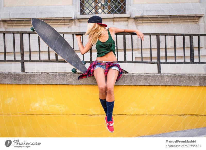 anonymous young woman skater Lifestyle Style Joy Beautiful Summer Woman Adults Downtown Street Blonde Cool (slang) Eroticism Hip & trendy casual longboard