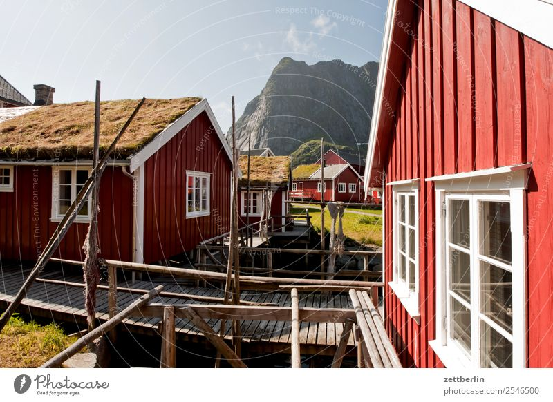 Rorbuer in Reine falun red Fishery Fisherman Fishing port Fishermans hut Maritime Nature Norway Travel photography Red Sweden Scandinavia Hut Vacation home