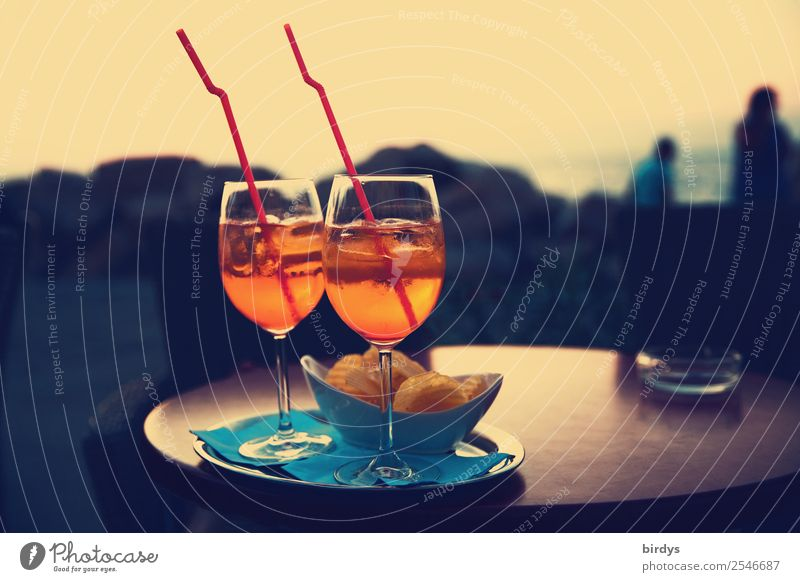 Aperol-spritz in duet Crisps Beverage Alcoholic drinks Longdrink Cocktail Bowl Straw Lifestyle Style Summer vacation Table Going out Drinking 2 Human being