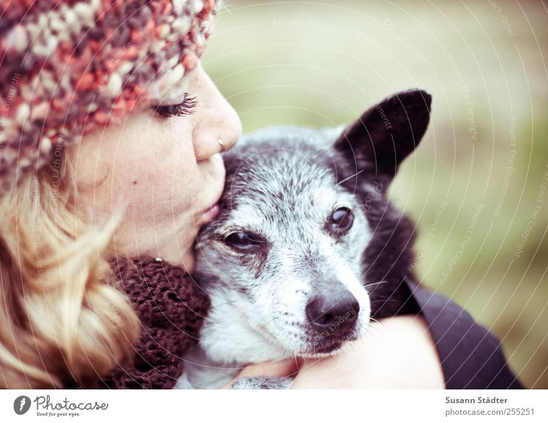 i know you so well Young woman Youth (Young adults) Pet Dog To enjoy Together Near Love Love of animals Friendship Woolen hat Dog's snout Old Embrace