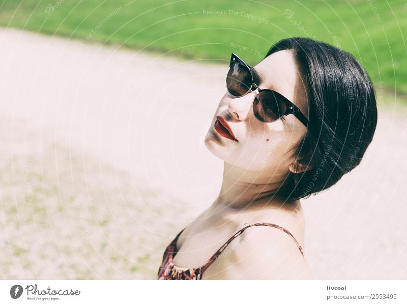 hipster girl Lifestyle Style Beautiful Hair and hairstyles Face Summer Garden Human being Feminine Woman Adults Head 1 18 - 30 years Youth (Young adults) Nature