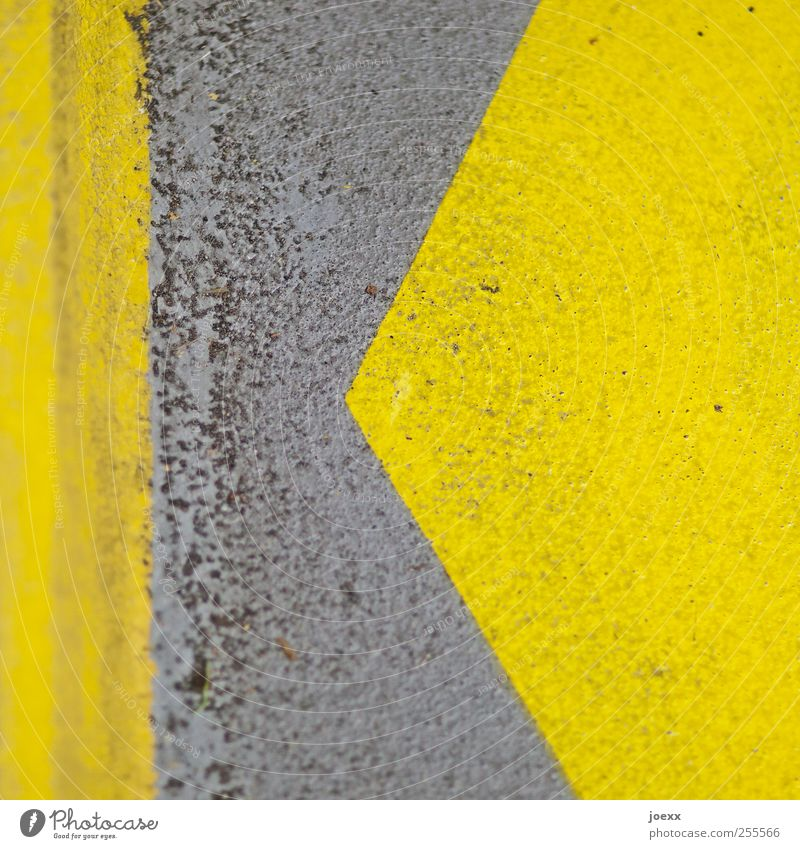 | < Concrete Sign Signs and labeling Line Stripe Yellow Gray Arrangement Left Arrow Pattern Dye k Colour photo Detail Abstract Deserted Copy Space right