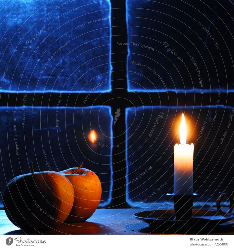 In thought Food Apple Harmonious Relaxation Winter Christmas & Advent Church Window Crucifix Glittering Illuminate Warmth Blue Yellow White Calm Candle