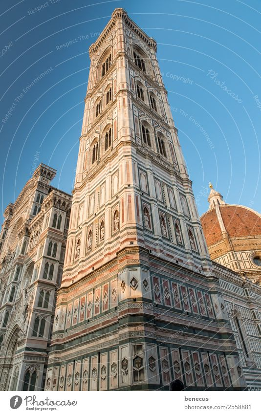 campanile Town Church Tower Manmade structures Building Architecture Tourist Attraction Landmark Historic Blue White Esthetic Target Marble Aligning Window