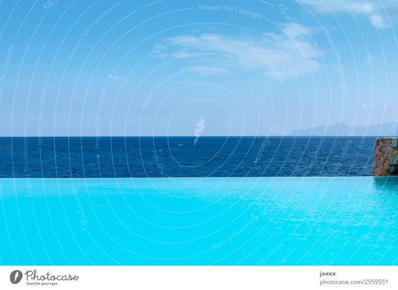 Sky Summer Blue Ocean Relaxation Clouds Calm Far-off places Lifestyle Tourism Swimming & Bathing Leisure and hobbies Horizon Esthetic Beautiful weather Large