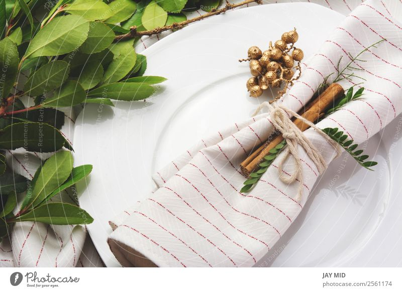 elegant place setting white and gold Christmas & Advent White Flower House (Residential Structure) Dish Emotions Feasts & Celebrations Above Decoration Elegant