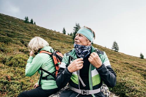 Seniors hiking Lifestyle Leisure and hobbies Mountain Hiking Feasts & Celebrations Female senior Woman Male senior Man Couple Partner 60 years and older